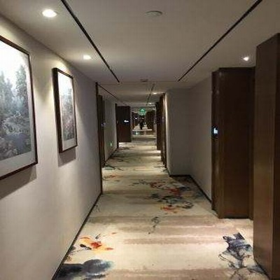 四季青藤酒店