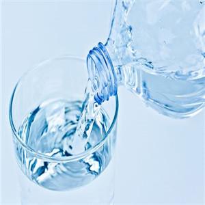 百岁山纯净水